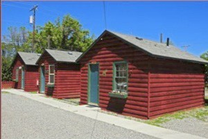 Riverside Guest Cabins - very affordable :: Clean, well-maintained cabins feature mini-fridge, WiFi, coffee, air-cond, CABLE-TV, upgraded bedding & baths, across from the Yellowstone River. Pets Welcome.